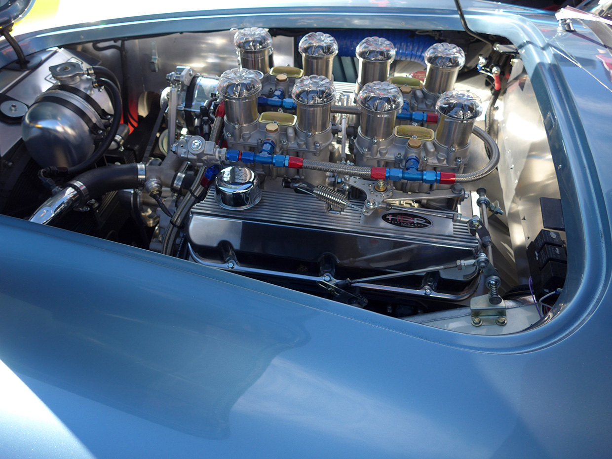 http://gerlingracing.com/wp-content/uploads/2015/01/show-n-shine-sema-car-show-las-vegas-10.jpg